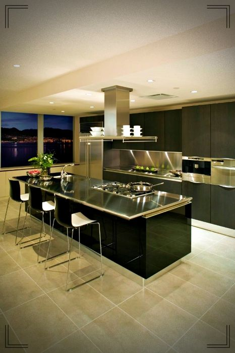 Lujosa cocina con isla central